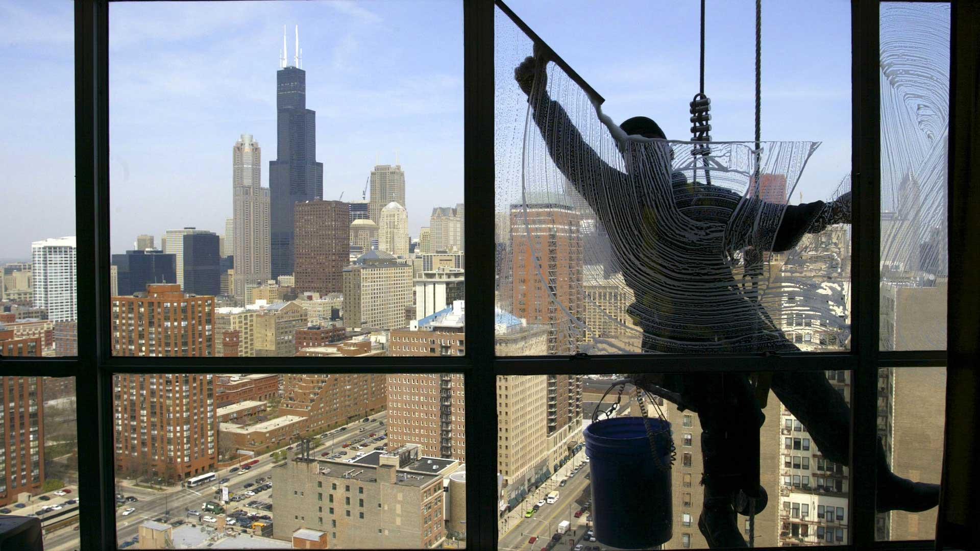 window-cleaning-chicago-illinois-usa